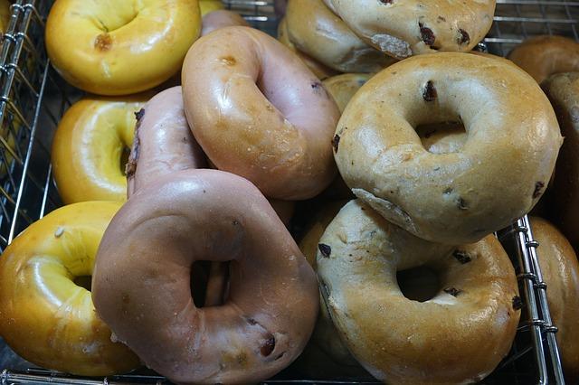 donuty v košíku